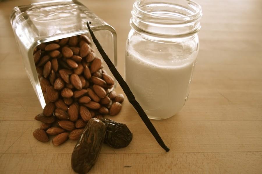 Easy, Peasy Homemade Almond Milk