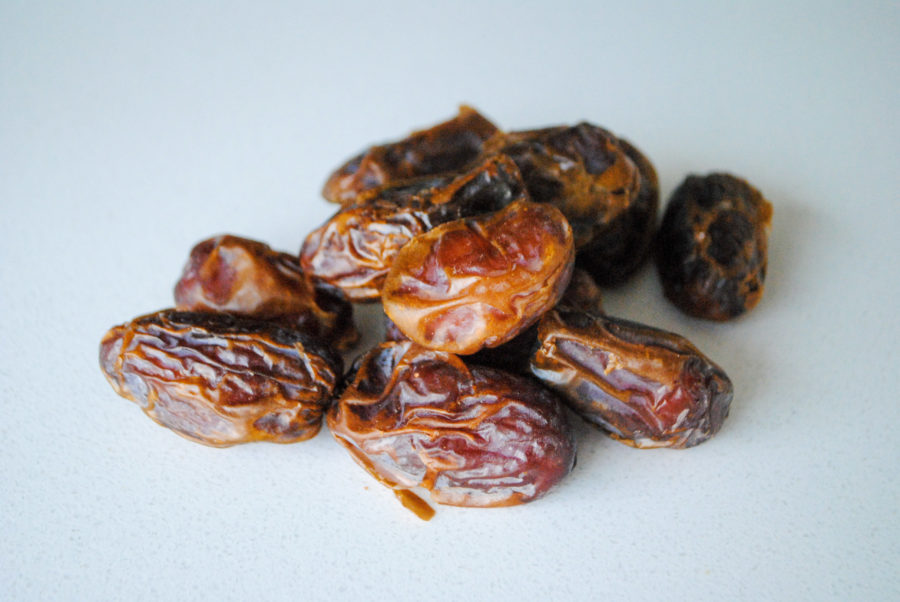 Tasty Tidbits about Dates.